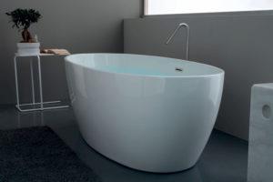 Serie Flo by Kerasan sanitari, vasca da bagno